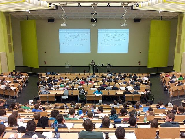 aula, prednáška, univerzita.jpg