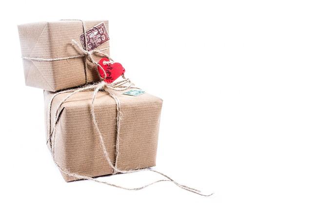 Balík , eshop , online nakupovanie.jpg